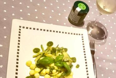 Chicche di patate con zucchine basilico e Pesto Fresco Genovese